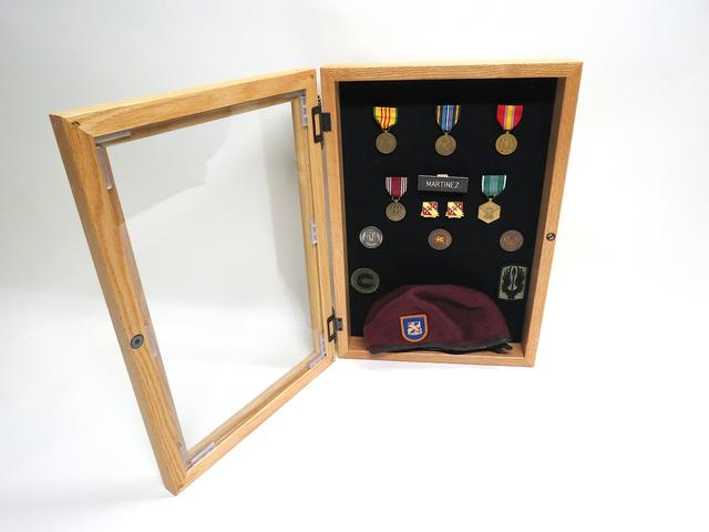 Shadow Box w/ glass door (oak)